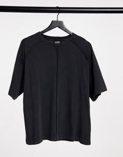 Reclaimed Vintage - Inspired – T-Shirt mit Saumdetail in Anthrazit-Grau