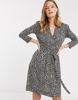 French Connection - Brunella – Kleid mit Leopardenmuster und Bindegürtel-Braun