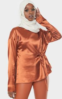 PrettyLittleThing - Rust Satin Ruched Side Blouse, Orange