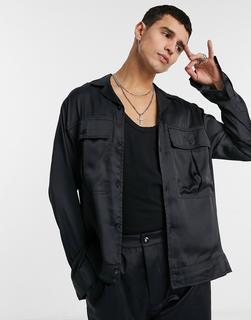 ASOS DESIGN - Elegante Hemdjacke aus Satin mit Reverskragen in Marineblau