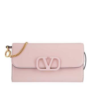 Valentino - Umhängetasche - V Sling Clutch Leather Pink - in rosa - für Damen