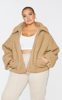 PrettyLittleThing - Plus Camel Borg Zip Up Oversized Jacket, Camel