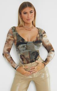 PrettyLittleThing - Nude Mesh Abstract Renaissance Print Cup Detail Long Sleeve Bodysuit, Pink