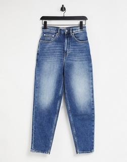 Tommy Jeans - Mom-Jeans mit hohem Bund in mittlerer Waschung-Blau