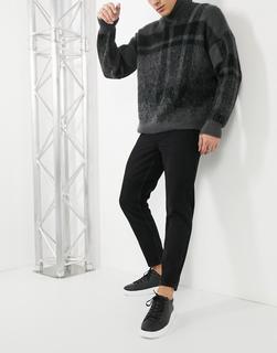 ASOS DESIGN - Klassische, feste Jeans in verwaschenem Schwarz