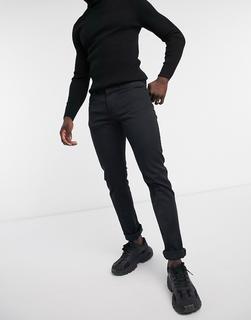 Boss - Delaware – Schmal geschnittene Jeans in Schwarz