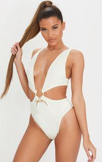 PrettyLittleThing - Cream Hammered Trim Deep Plunge Cut Out Swimsuit, White