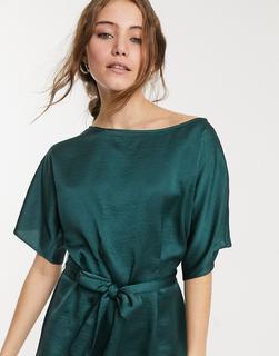 Lipsy - Bluse in Grün mit ausgestellten Ärmeln und Gürtel