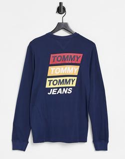 Tommy Jeans - Langärmliges Oberteil in Marineblau mit Bergaufdruck hinten