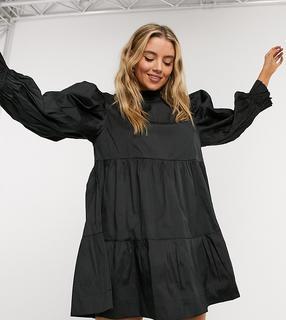 Collusion - Abgestuftes Taft-Minikleid mit hohem, gerüschtem Ausschnitt in Schwarz