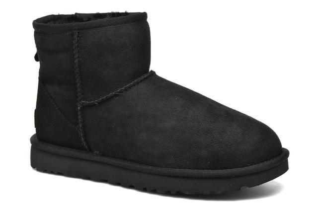 UGG - W Classic Mini II - Stiefeletten & Boots für Damen / schwarz
