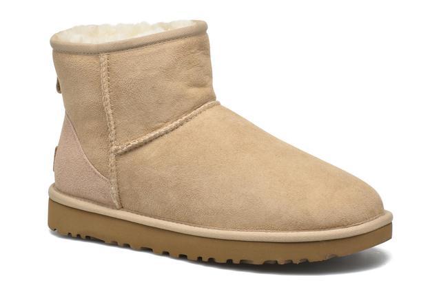 UGG - W Classic Mini II - Stiefeletten & Boots für Damen / braun