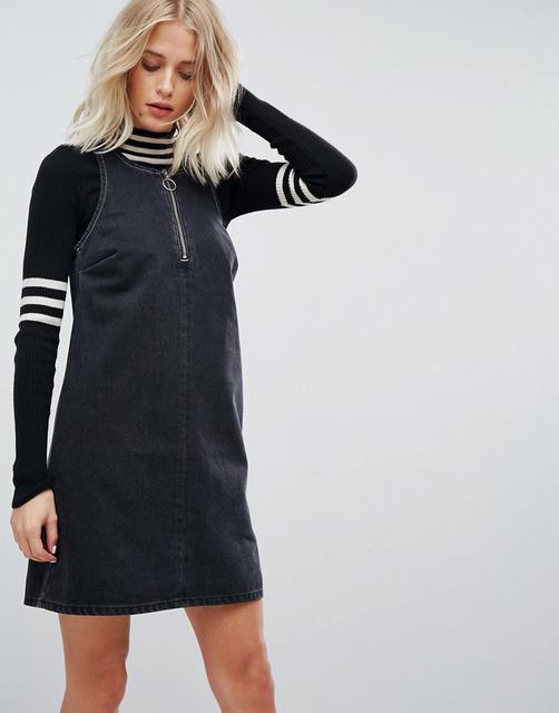 ASOS DESIGN - ASOS Denim Shift Dress in Washed Black With Circular Ring Pull