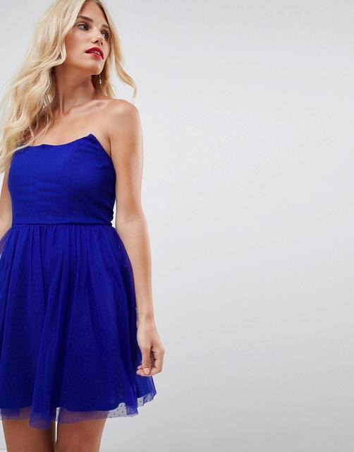 ASOS DESIGN - Gepunktetes, trägerloses Skaterminikleid-Blau