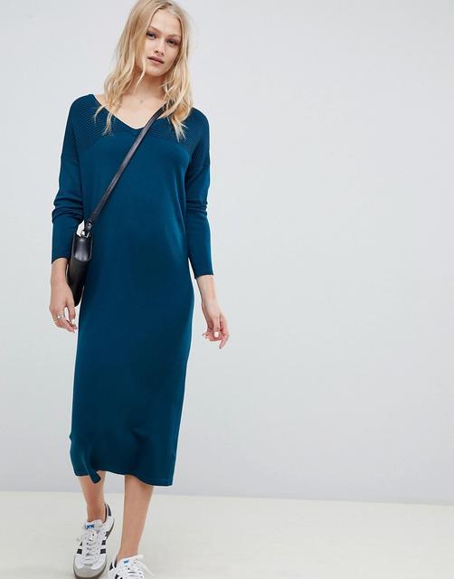 ASOS DESIGN - Mittellanges Pulloverkleid mit V-Ausschnitt und Wellenstrickmuster-Grün