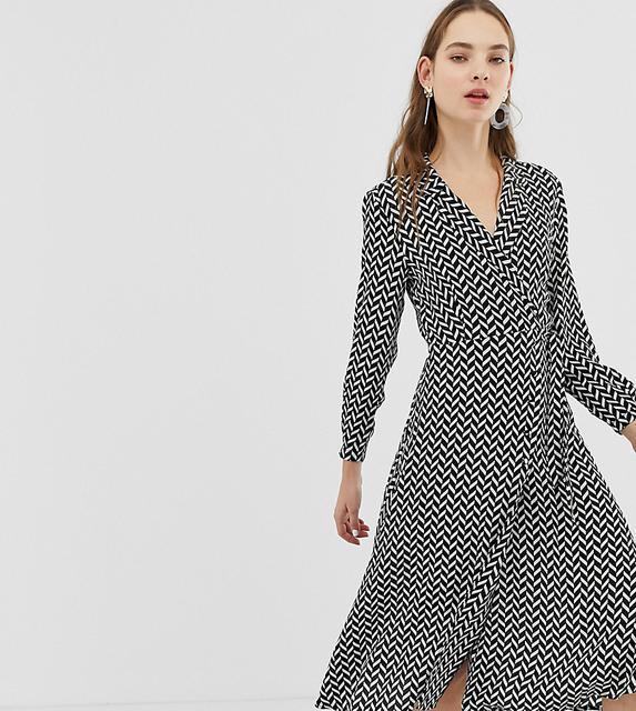 MANGO - wrap dress in geo print
