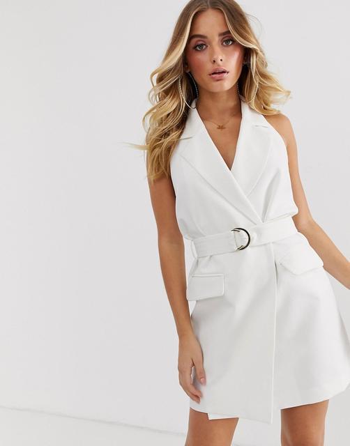 4th & Reckless - 4th & Reckless - Ärmelloses Blazerkleid mit Schnalle in Weiß - Weiß