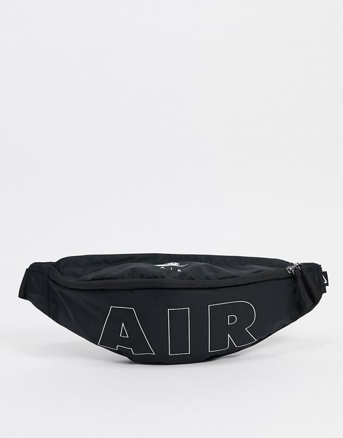 Nike - Heritage – Tasche mit Reißverschluss in Schwarz