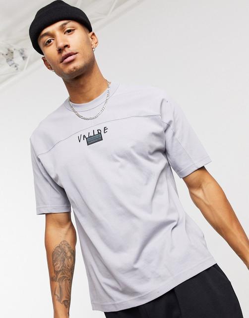 adidas Originals - RYV – T-Shirt mit Aufdruck hinten in Grau