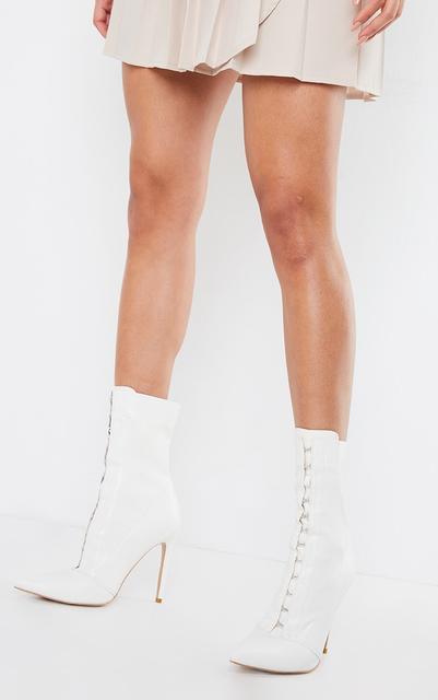PrettyLittleThing - White PU Hook And Eye High Heel Sock Boot, White