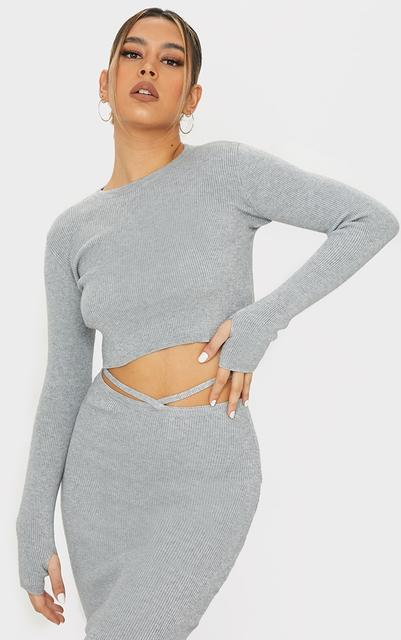 PrettyLittleThing - Grey Crew Neck Jumper With Thumb Holes, Grey