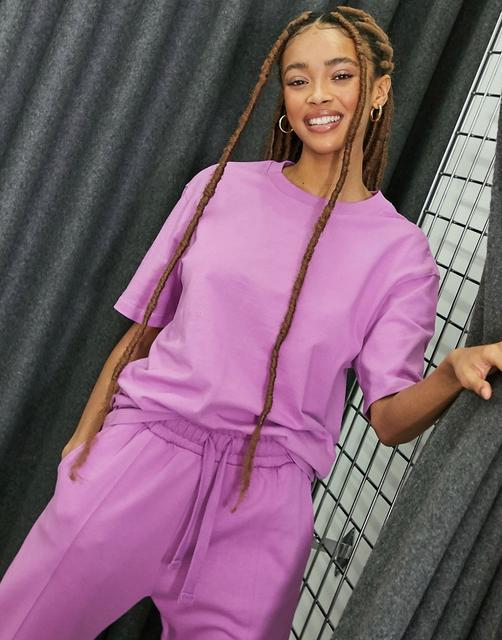 Bershka - Übergroßes Unisex-T-Shirt aus Bio-Baumwolle in Lila, Kombiteil-Violett